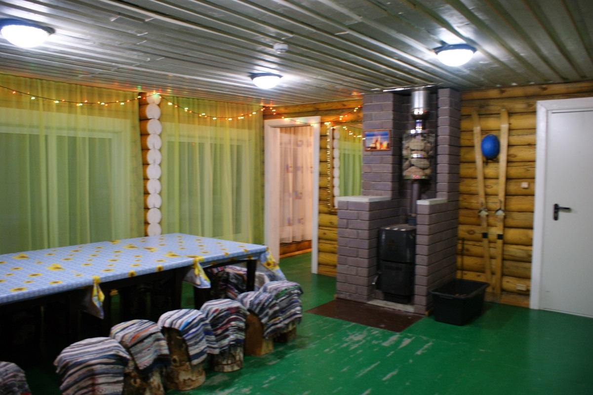 Праздничная атмосфера в доме Большая Урал